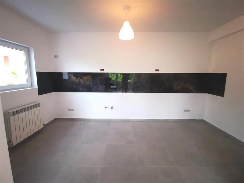 Apartament 4 camere | Mihai Bravu | Langa metrou | Predare rapida