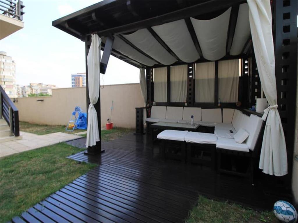Casa De Lux In Pacurari 6 Camere Si 4 Bai Garaj Si Foisor Id Rre3219