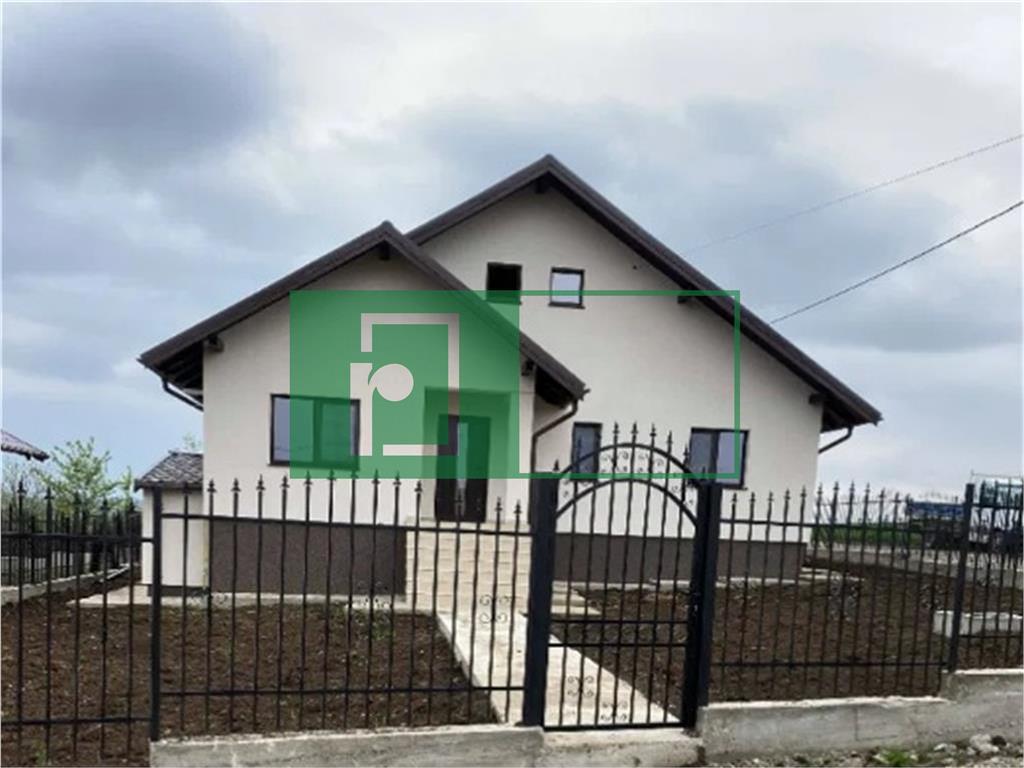 Casa individuala 4 camere | Valea adanca | Beci | Teren 500 mp