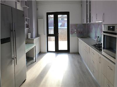 Casa 4 camere, Bucium in oras   Living 30 mp   Finisaje de lux