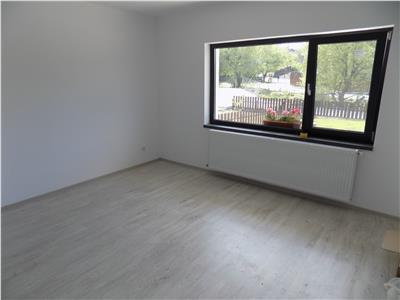 Apartament 2 camere, Barnova | Gradina 100 mp | Loc de parcare inclus