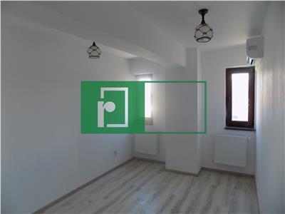 Apartament 2 camere   Etaj intermediar   Bucium   La strada
