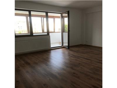 Apartament 3 Camere   Decomandat   Mihai Bravu