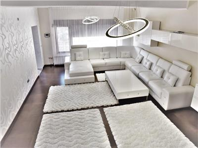Casa de lux in Pacurari   6 camere si 4 bai   Garaj si foisor