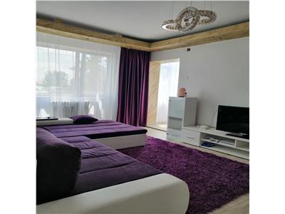Apartament 3 camere   Podu Ros   Etaj intermediar