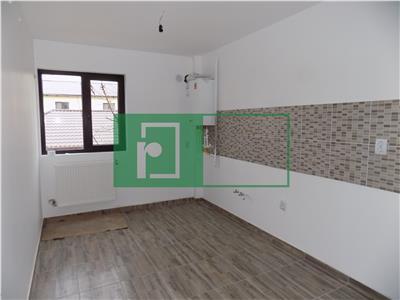 Apartament 3 camere   Cug   Curte individuala 40mp