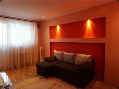Apartament 3 camere, Nicolina, 61mp