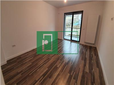 Apartament 2 camere | Decomandat | Curte 22 mp